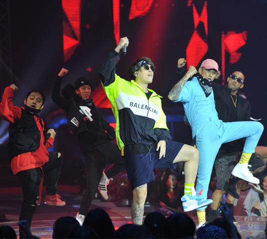 ทีม DOUBLEP จะกลับมาทวงบัลลังก์ได้หรือไม่!: Official Performance 2 Team Show - SMTM