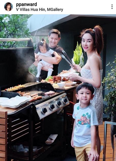 เป้ย ปานวาดกับครอบครัว