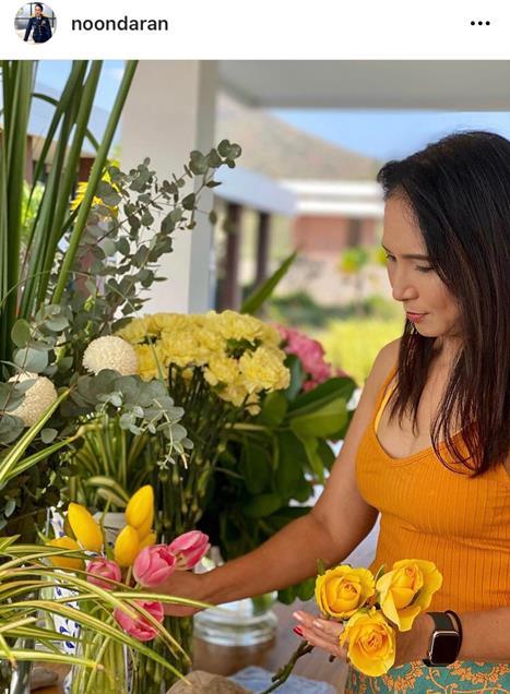 ร้านดอกไม้ของดารา