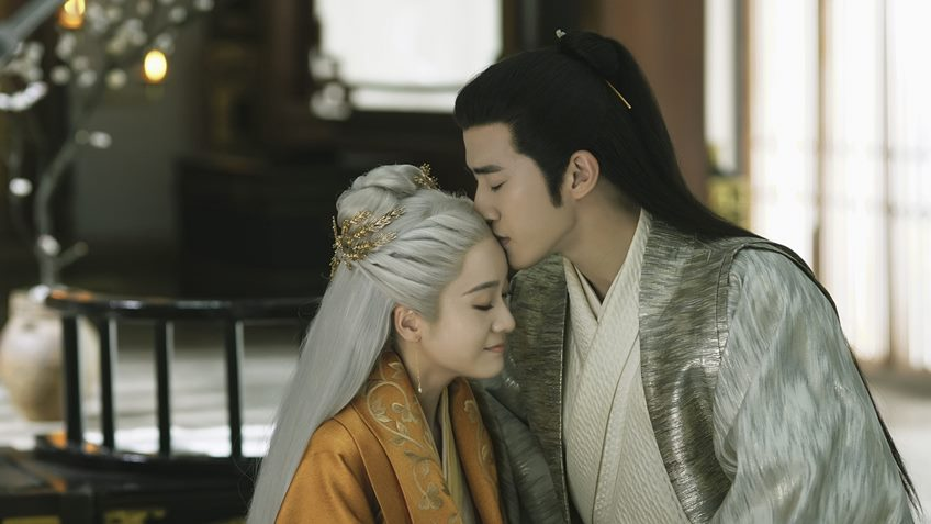 รีวิว ซีรีส์ คำสาปรัก ชายาผมขาว Princess Silver เขียนโดย Mo Yanshang
