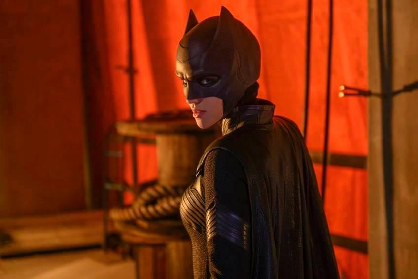 เรื่องย่อ Batwoman Season 1 ช่อง MONO29