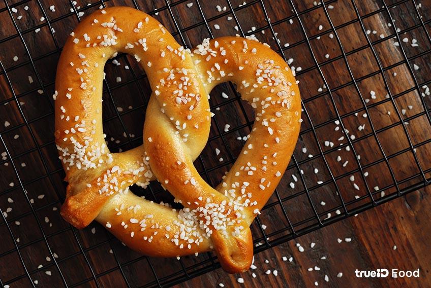 เพรทเซล ขนมปัง pretzel