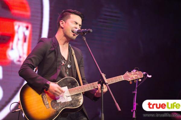 ว่าน ธนกฤต-the Guitar Mag Awards 2015