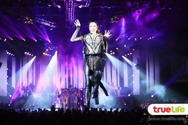 8 ติ๊นา Queen of dance