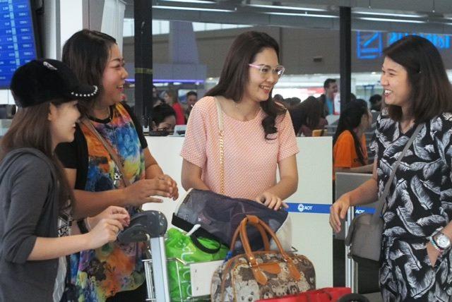 ทีมงานมารับถึงสนามบินดอนเมือง