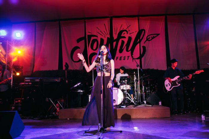stage_Violet_1
