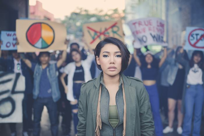โฟร์ ปลื้ม! หวนร่วมงาน ดา ใน MV หนังสั้น เธอมีฉัน ฉันมีใคร เพลงใหม่ ดา เอ็นโดรฟิน