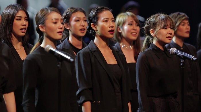 ทัพศิลปิน เอเอฟ ไอแอม ถอดหัวใจร้องเพลง 'ด้วยรักของพ่อ' ขับขาน บทเพลง เพื่อพ่อหลวง