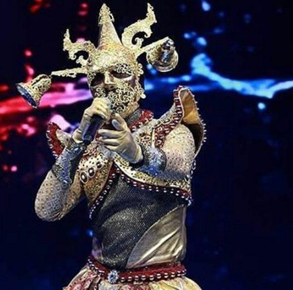 เงิบทั้งบาง! คนนี้นี่เอง หน้ากากระฆัง The Mask Singer สับขาหลอกทั้งประเทศ!!