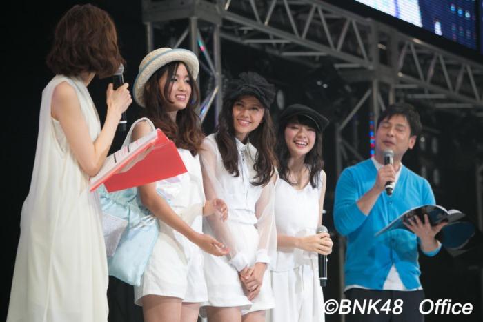 เฌอปราง น้ำหนึ่ง แคนเคน BNK48 ตัวแทนจากประเทศไทย เดินแฟชั่นในงาน  FACo