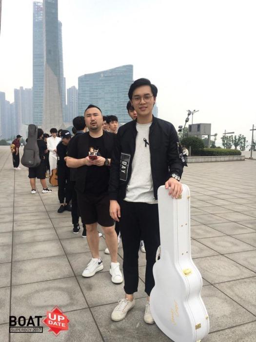 โบ๊ท สิริโรจน์ ส่งคลิปจากจีนอ้อนคนไทย ส่งกำลังใจในรายการ super boy 2017