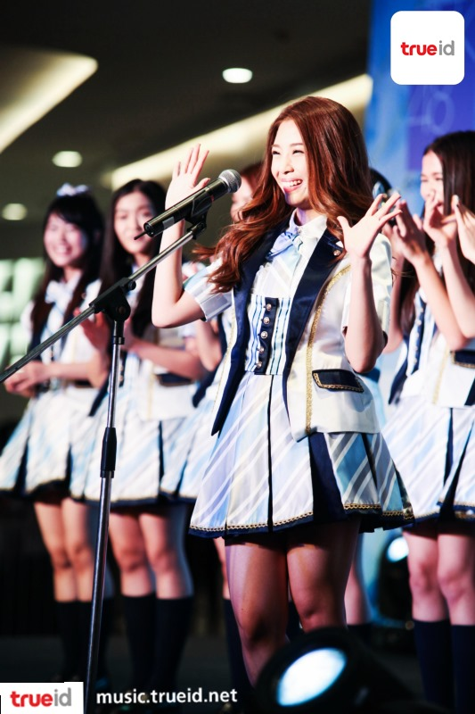 ภาพ คลิป จัดเต็ม! BNK48 The Debut เปิดตัว 16 เซ็นบัตสึ พร้อมสัมภาษณ์พิเศษ 6 สาว ยูนิตแรก