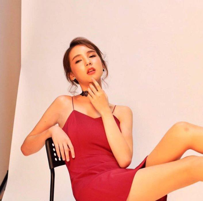 สวยชะนีอาย! 10 ภาพน่ารัก โยชิ รินรดา ที่เคยเล่น MV กับ ใบเตย อาร์สยาม
