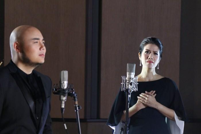 3 ศิลปิน น้ำมนต์ กิต-คิงส์ เดอะวอยซ์ ภูมิใจร้อง พลังแผ่นดิน คำพรจากพ่อ ส่งต่อคนไทยทั้งประเทศ
