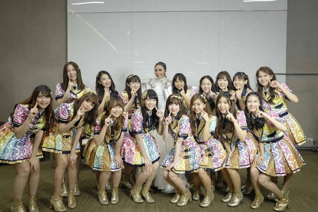 ดีต่อใจ!! เมื่อศิลปินไทยรุ่นพี่ ให้ความเอ็นดู และชื่นชอบ BNK48!