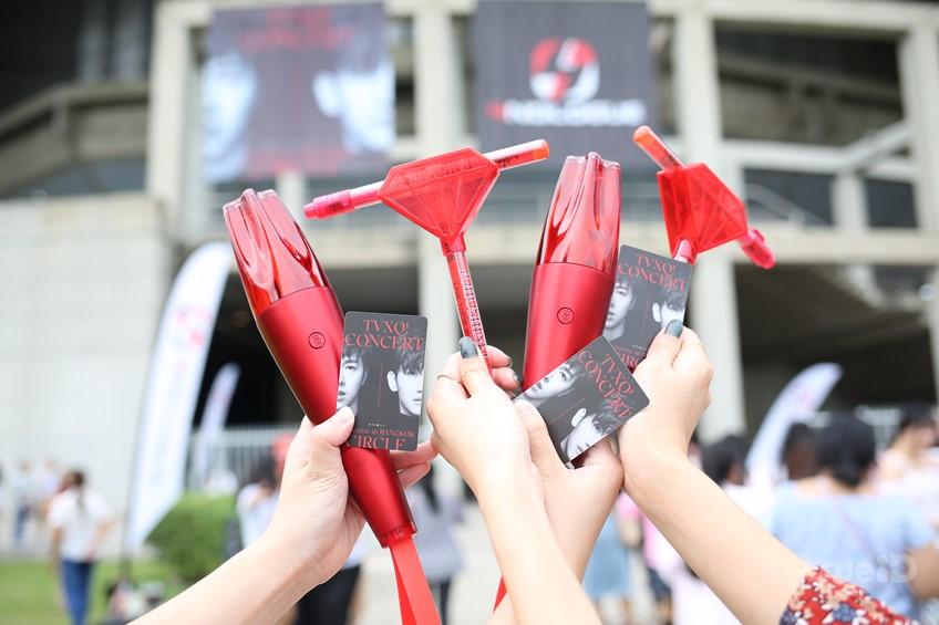 อบอุ่นสุดประทับใจกับ TVXQ CONCERT กลับมาเจอแฟนในรอบ 3ปี และปรากฏการณ์ Red Ocean อีกครั้ง