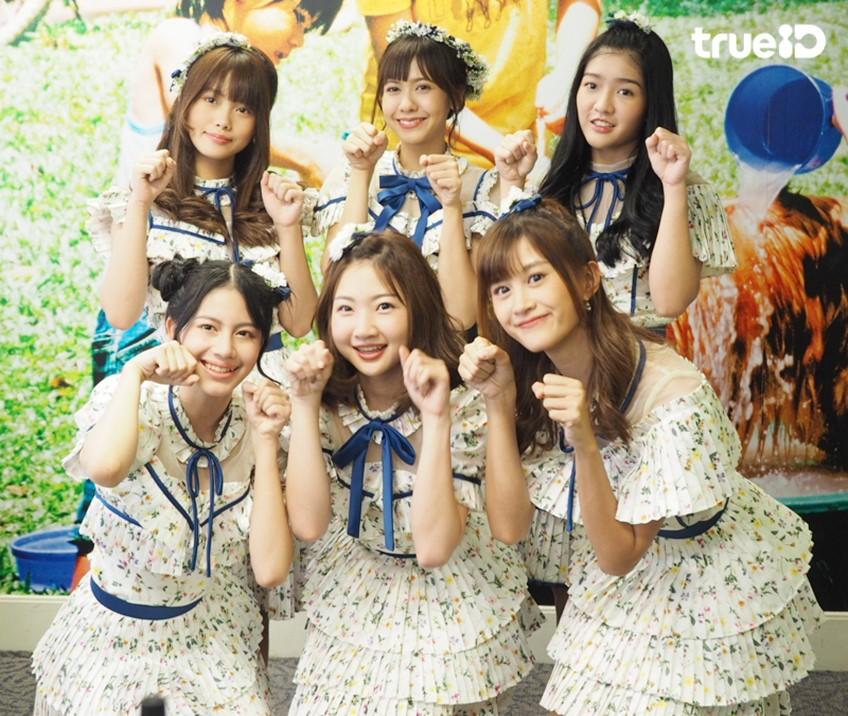 6 สาว BNK48 เล่าเรื่อง เบื้องหลังการถ่ายทำเอ็มวี Kimi wa Melody เธอคือ...เมโลดี้