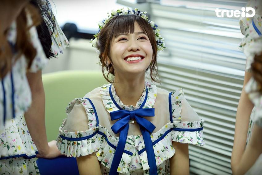 ความทรงจำดี ๆ ที่คิดถึง ของ เนย BNK48 เซ็นเตอร์เพลง Kimi wa melody (มีคลิป)