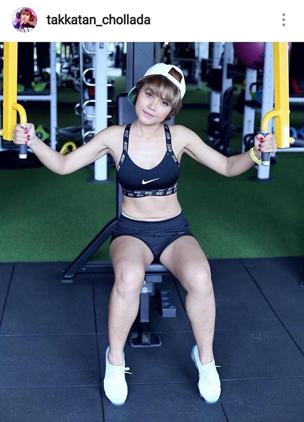 ออกกำลังกายกันไหมค่ะ! ตั๊กแตน ชลดา แซ่บในชุดกีฬา หนูขอฟิตต่อไม่รอแล้วนะ