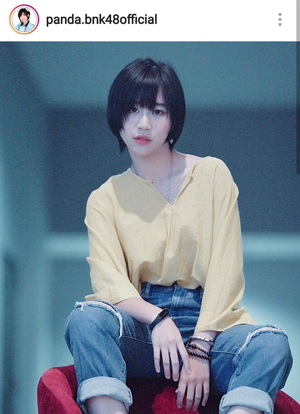 อย่างเฟี้ยว! แพนด้า BNK48 ใส่เสื้อหนาวสีชมพู แคปชั่นฮาหน้าโหดโหมดหวานแหวว เห็นแล้วน่ารักมากกว่า