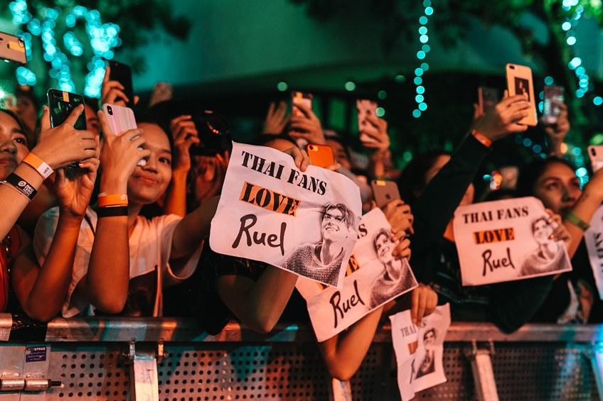 RUEL นักร้องหนุมชาวออสเตรเลีย สร้างปรากฏการณ์ใหม่! คอนเสิร์ตครั้งแรกในไทย แฟน ๆ ให้กำลังใจเต็มทุกพื้นที่!