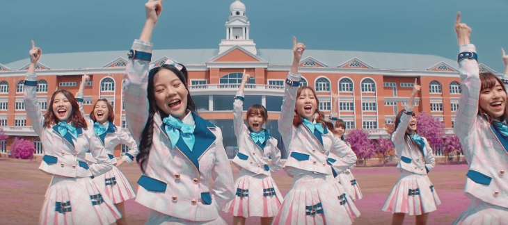 เอ็มวี BNK48 น่ารักมาก! Kimi no Koto ga Suki Dakara ก็เพราะว่าชอบเธอ เพลงรองที่โดดเด่น!