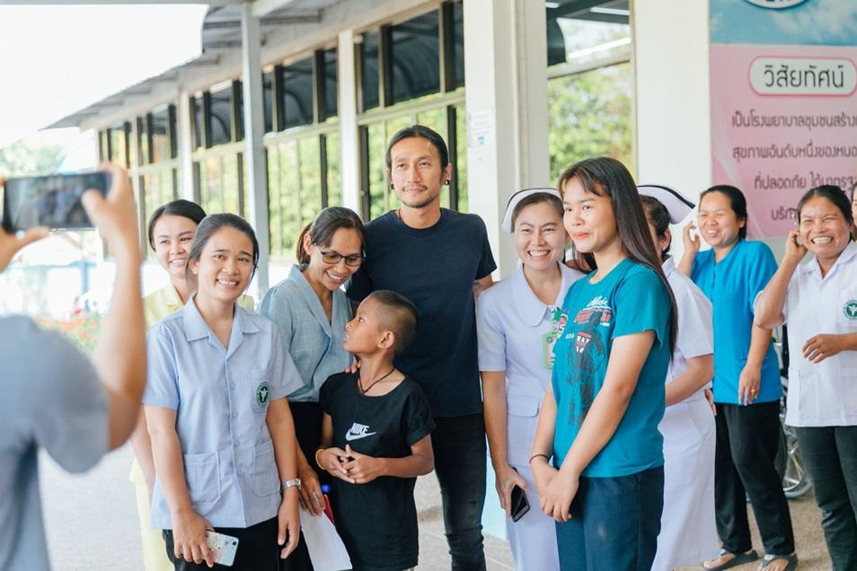 ฮีโร่คนไทย!! ตูน บอดี้สแลม พร้อมออกวิ่งอีกครั้ง ช่วยเหลือ 8 โรงพยาบาลภาคอีสาน
