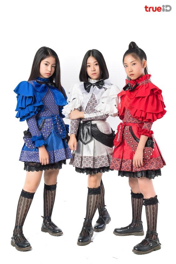 ต้องไว้หนวดแล้ว เก่ง ธชย!! 3 สาว TOSSAGIRLSอีกหนึ่งลมหายใจทางวัฒนธรรม!