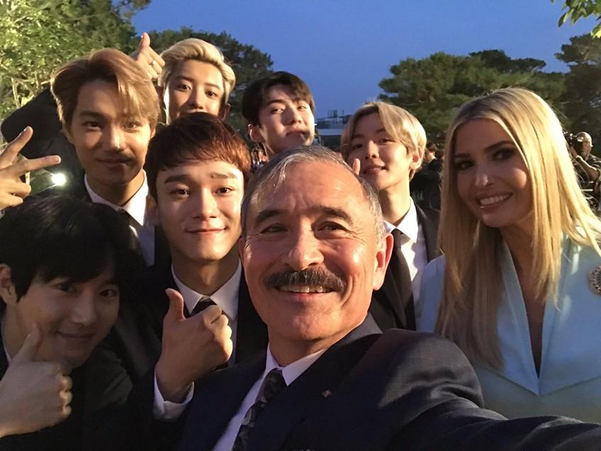 ที่สุดของใจ! วง EXO ตัวแทนแห่งเกาหลีใต้ ร่วมต้อนรับ ปธน.โดนัลด์ ทรัมป์