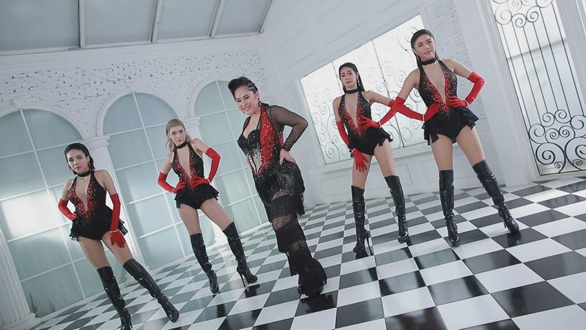 ยั่ว ๆ เลยจ้า! ชบาแก้ว ลูกทุ่งไอดอล จัดเต็ม MV เพลง ชุดนอนไม่ได้นอน สุดแซ่บ!