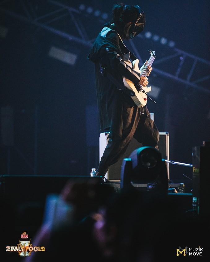 แด๊ก Rock Rider ได้มาร่วมโชว์กับ วง Ghost