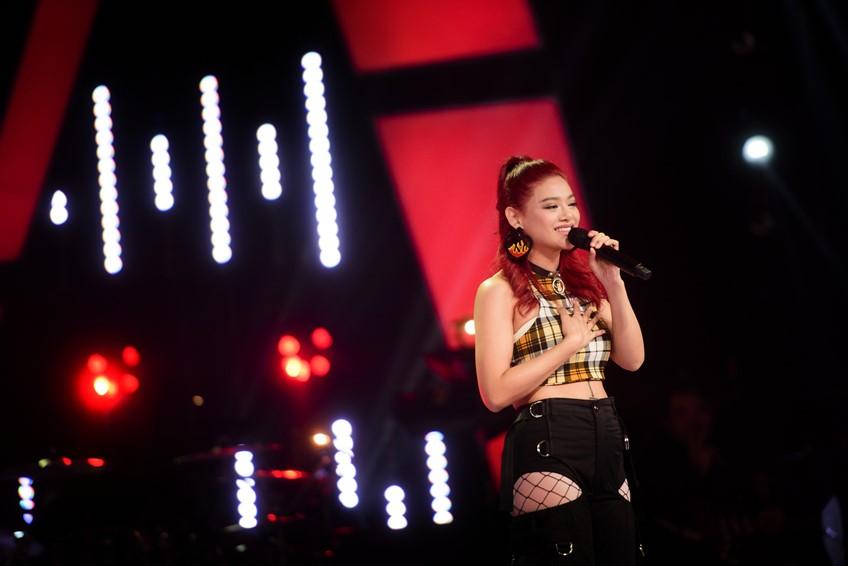 เผ็ดเด็ดสะระตี่! แพรจ๋า นักร้องสาวผมแดง ตัวจี๊ด ทีมโจอี้บอย เดอะวอยซ์ 2019 ไม่ได้มีดีแค่ร้องเพลง!