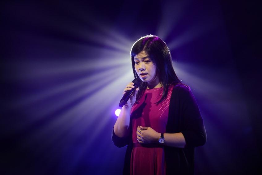 ร้องเพลงจากใจ! หมอแอ๊นท์ ฐิติมา จากเดอะ วอยซ์ 2019 สอนให้รู้ว่า ทุกนาทีมีค่า! แสตมป์ เจ้าของเพลงยังชื่นชม