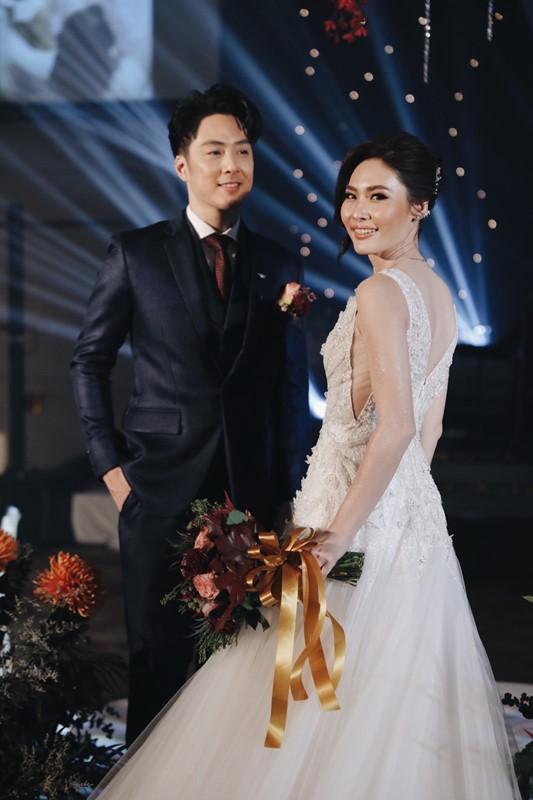 สวยหล่อเหมาะสม! หนึ่ง อีทีซี กับ เก๋ แฟนสาว ฉลองงานแต่งงานสุดอบอุ่น!
