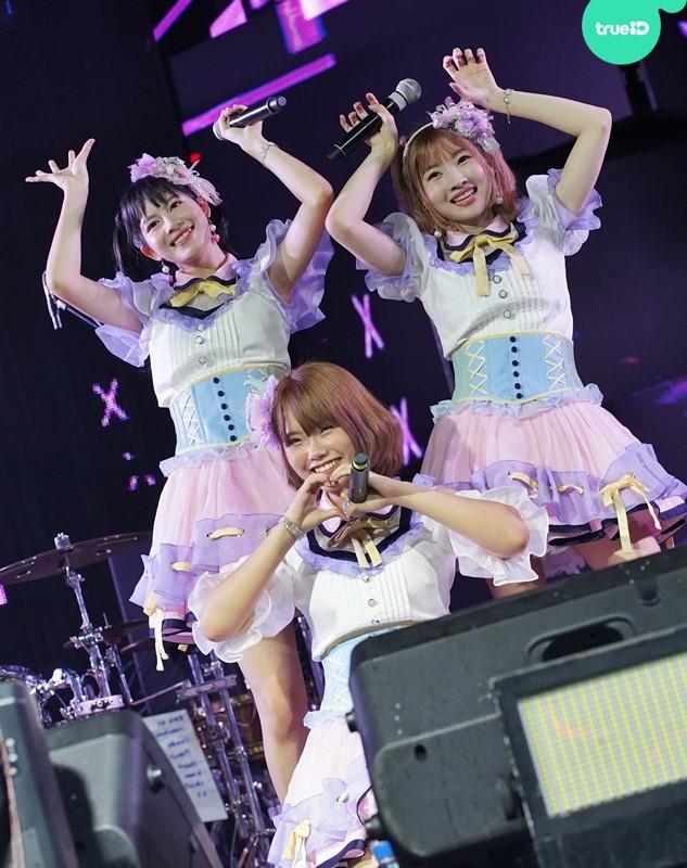 น่ารักที่สุดในสามโลก! 3 สาว Mimiguno แจกความสดใส บนเวที Cat Expo 6