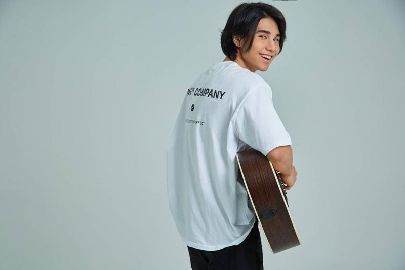 เปิดวาร์ปเพลงรักนอกกระแส เวลานี้ ซิงเกิ้ลล่าสุดจาก JEFF เจฟ ซาเตอร์ หนุ่มเสียงนุ่ม ลูกครึ่งไทย อังกฤษ
