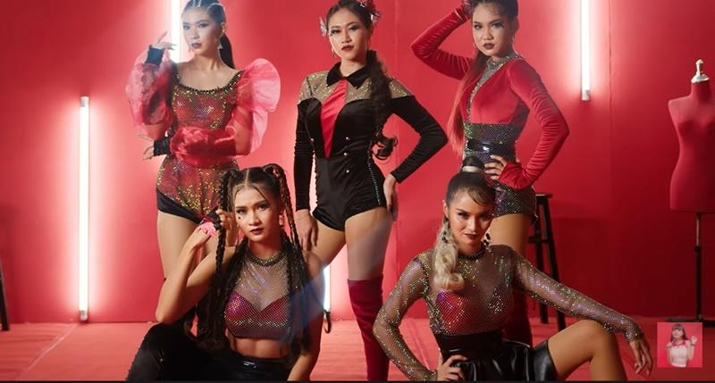 สุดจัด ส่งท้ายปี! 5 สาว บัตเตอร์ฟลาย ได้หมดถ้าสดชื่น เพลงใหม่ จัดจ้าน พัฒนาทั้งการร้อง การเต้น