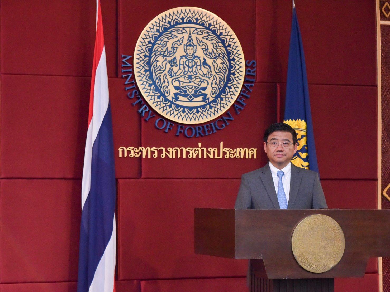 บัวแก้วเผยสถานทูตไทยเร่งให้ข้อเท็จจริงบริษัทนำเข้า หลังพีต้ากล่าวหาไทยใช้ลิงเก็บมะพร้าว