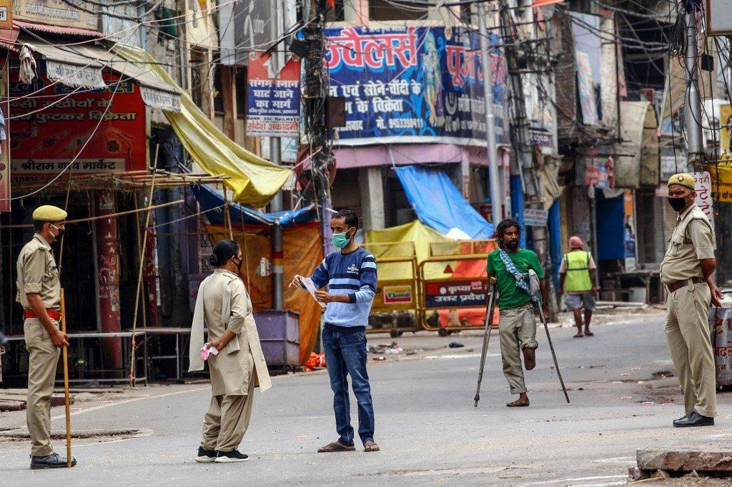 อินเดียสั่งกัก 4 หมื่นคน หลังเจอซุปเปอร์สเปรดเดอร์ 1 ราย