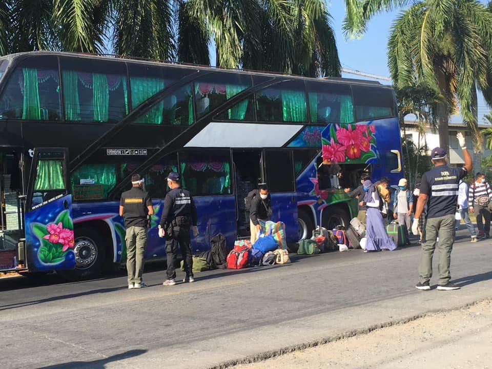 น.ศ.ไทยจากปากีฯ 34 คน เดินทางถึงยะลาแล้ว สสจ.เผย เตรียมมาตรการตรวจคัดกรองอย่างเข้มข้น