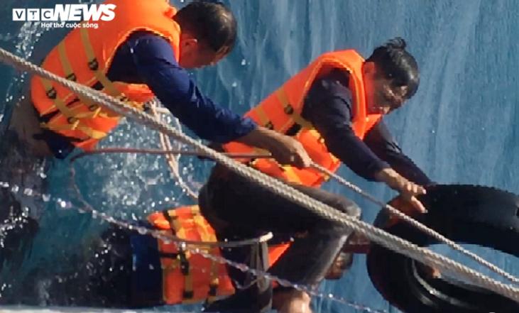 จีนยิงจมเรือประมงเวียดนาม กัก8ลูกเรือ กลางเขตพิพาทหลายชาติอาเซียน