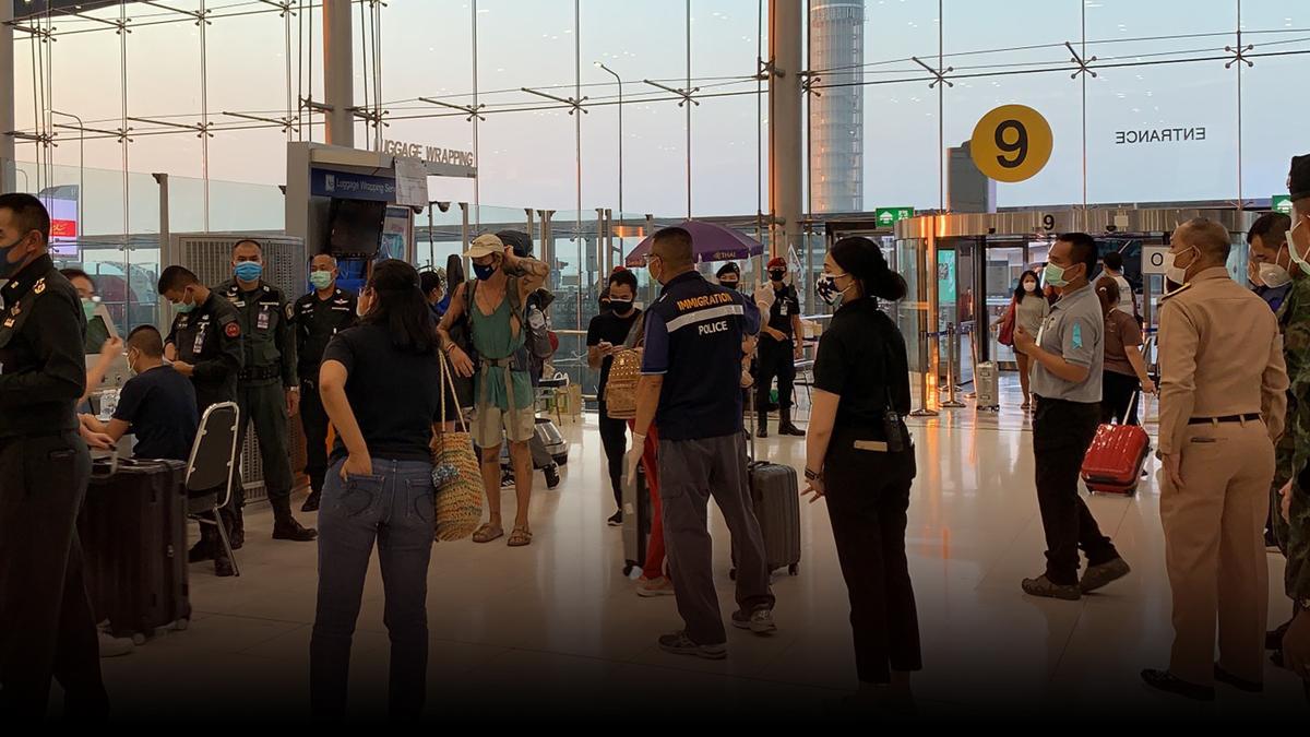 โล่งอก! 158 คนไทย กลับจากต่างประเทศ หลุดกักตัวที่สุวรรณภูมิ รายงานตัวครบแล้ว