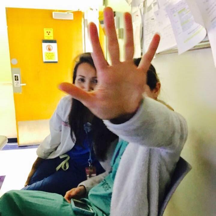สาวไทยโพสต์การทำงานรพ.ในนิวยอร์ก รับมือโควิด-19 วอนอยู่บ้านหยุดเชื้อ