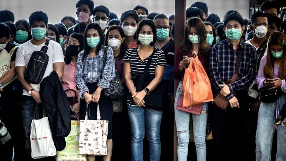 """โควิด-19 : ธนินท์ เจียรวนนท์ ตั้งโรงงานหน้ากากอนามัยซีพีเพื่อ """"รับใช้แผ่นดินไทยยามวิกฤต"""" ขณะที่นักวิชาการด้านสื่อสารชี้เป็น CSR ที่ """"วิน-วิน ทั้งเครือและสังคม"""""""