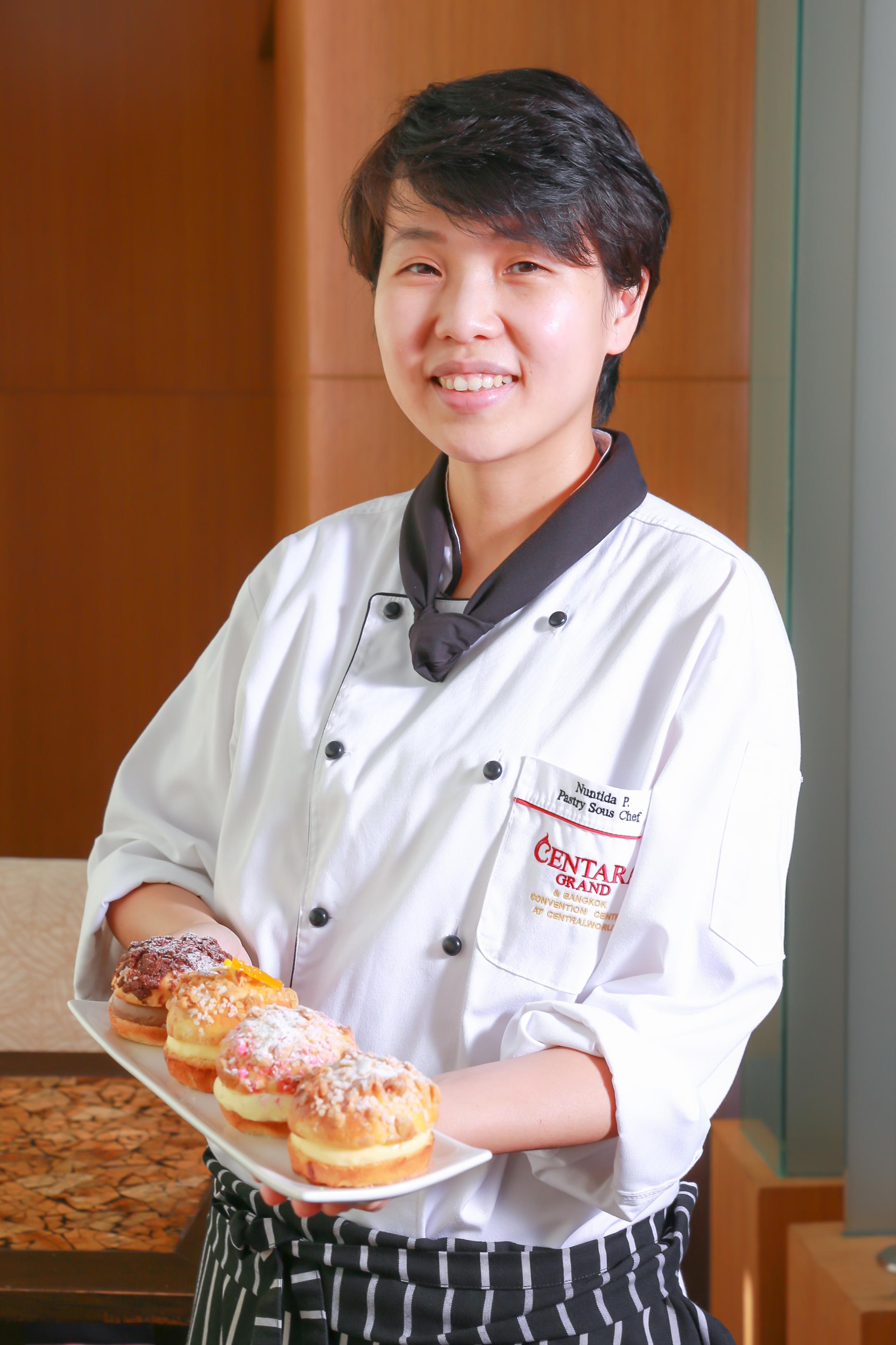 """""""แซงต์โตรแปซ์บัน"""" ขนมสไตล์ฝรั่งเศส ฝีมือ 'เชฟนก' ผู้เข้าแข่งขันท็อปเชฟประเทศไทย"""