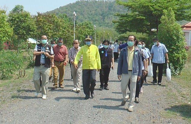 ผู้ว่าฯพิจิตร ติดตามอาการแรงงานพิจิตร 28 คน หลังเดินทางมาจากภูเก็ต