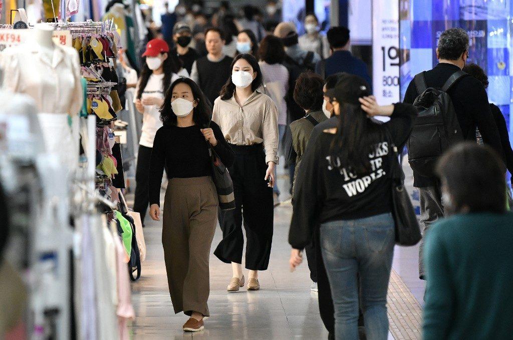 """เกาหลีใต้สั่งปิดสถานบันเทิงทั่วกรุงโซลทั้งหมด หวั่น """"โควิด"""" ระบาดหนักซ้ำ"""