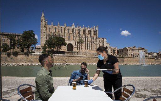 ยังเข้ม! สเปนสั่งทุกคนที่เข้าประเทศ กักตัว 14 วัน คุมโควิด เริ่ม 15 พ.ค.
