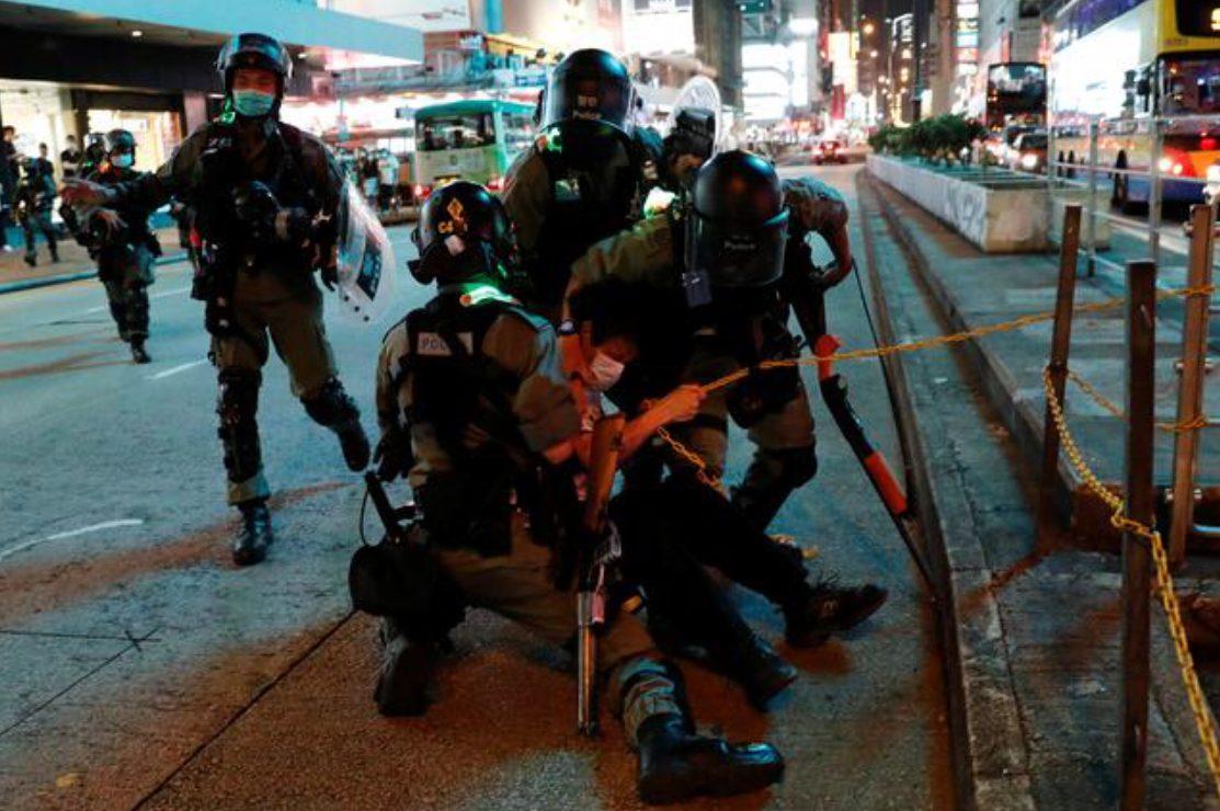คืนชีพ! ตำรวจฮ่องกงเผยรวบม็อบประท้วงช่วงสุดสัปดาห์กว่า 200 คน