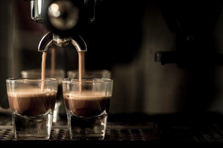 ดึงร้านกาแฟ-เบเกอรี่-เย็บผ้ายื่นจำนองเครื่องจักรนำทุนฟื้นกิจการ